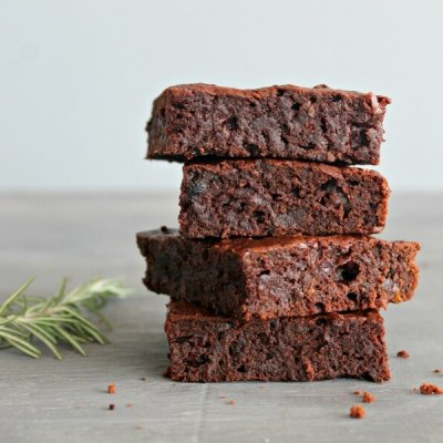 Rosemary Infused Fudgy Chocolate Brownies