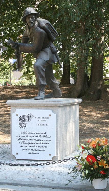 monumento03
