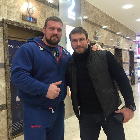 Kirill Sarychev back workout at Dmitry Klokov's gym ...