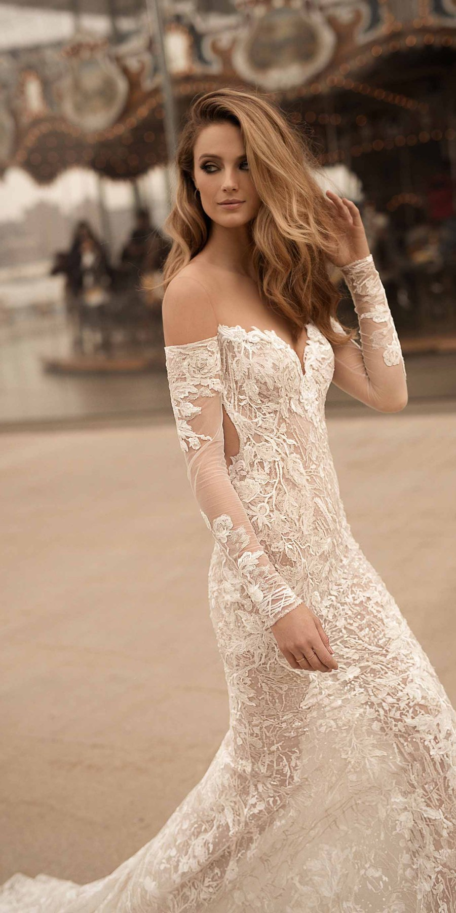 berta spring 2018 bridal strapless sweetheart neckline full embellishment elegant sexy sheath wedding dress poen back sweep train (11) zv
