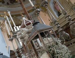 matrimonio_shabby_chic_altare_lanterne
