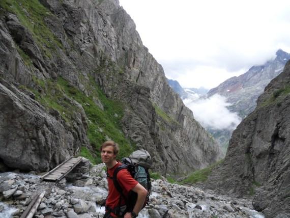 A mi-chemin de la montée au refuge Soreiller