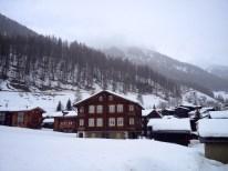 Conditions de visibilité difficiles dans cette belle vallée haut valaisanne