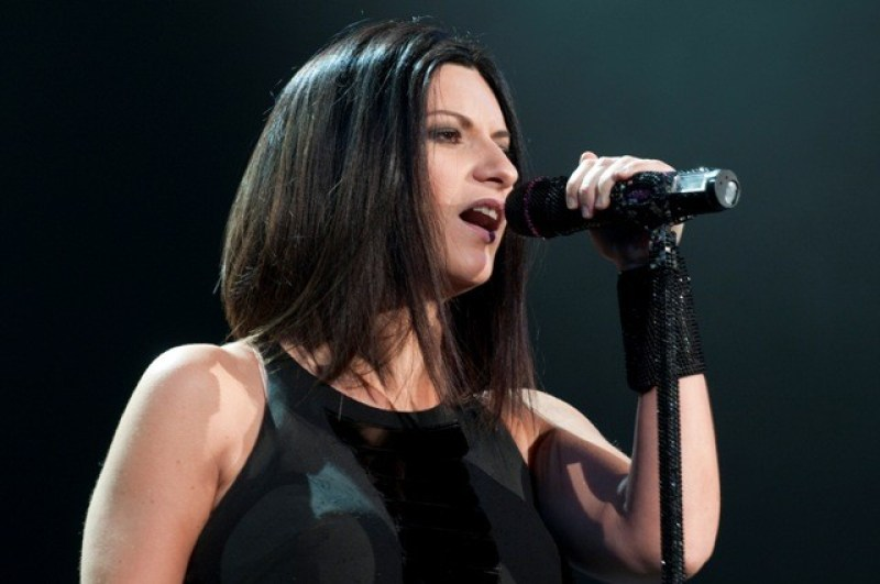 Laura Pausini – It's Not Goodbye