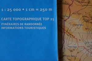 lecture de carte, randonnée, échelle