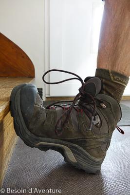 Comment-choisir-chaussure-randonnée-douleur-pliure-avant