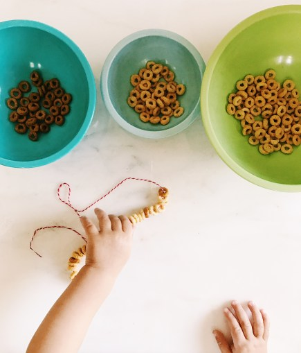 DIY Cheerio Necklace for teething baby