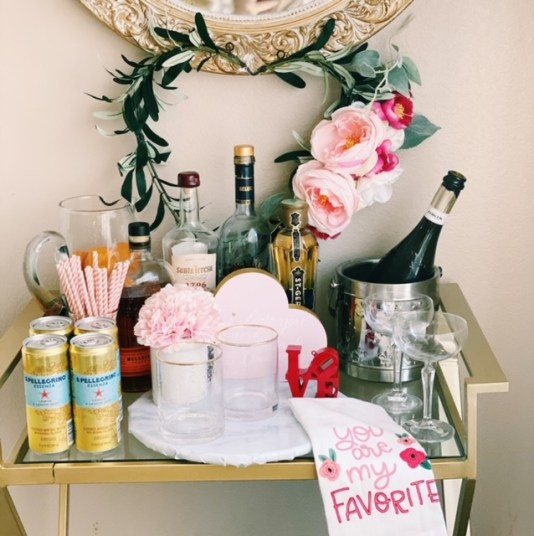 how to set up a party station for Valentine's day