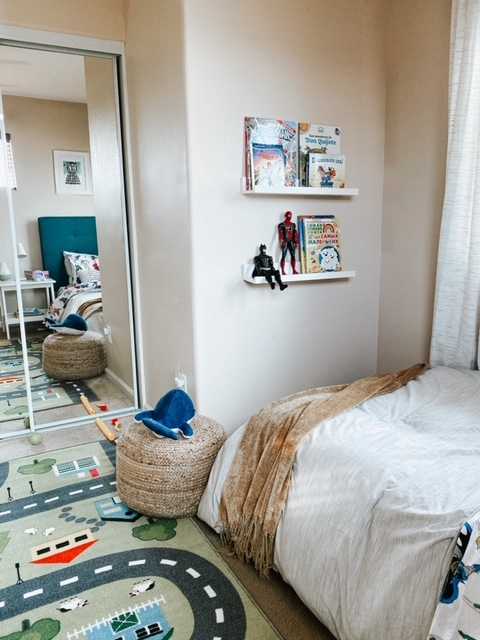 boy room design neutral