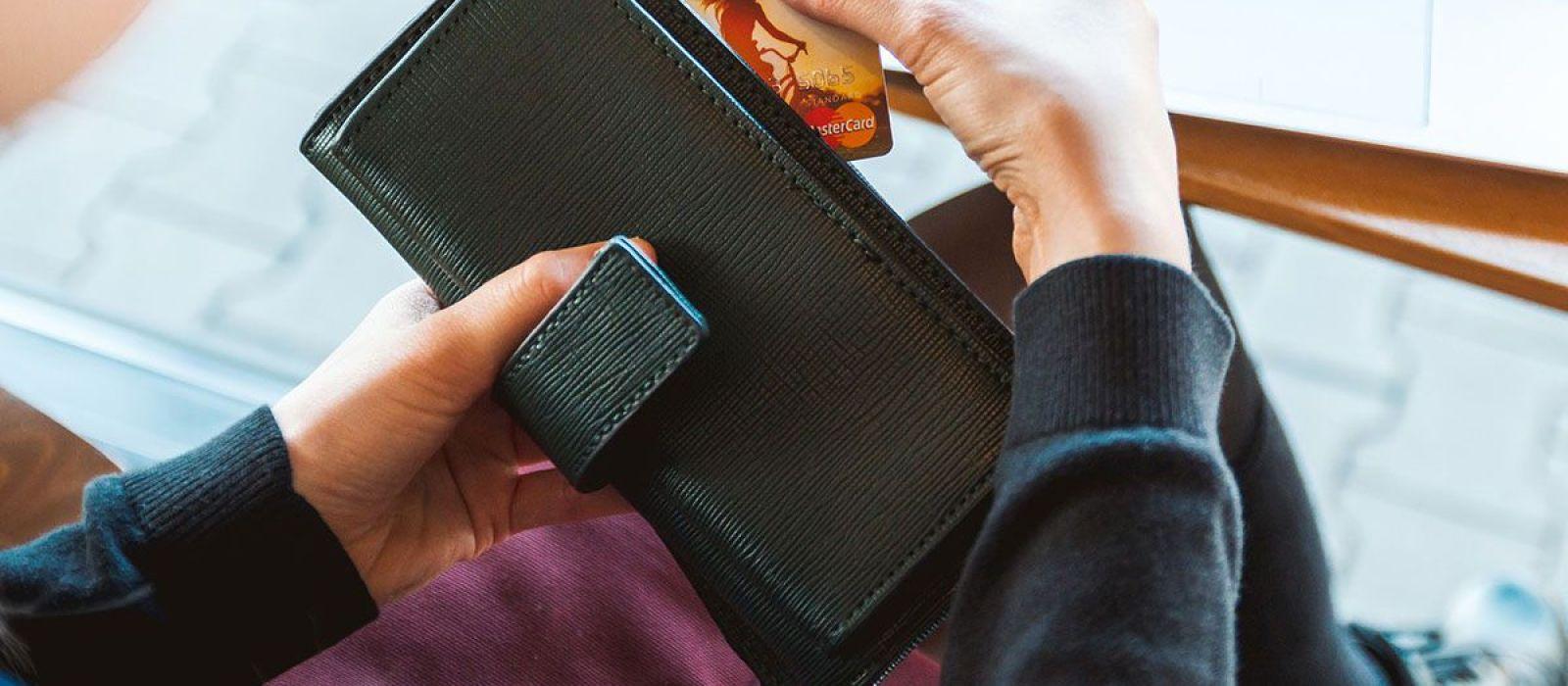 Geld besparen doe je zo: de vier beste tips van de maand