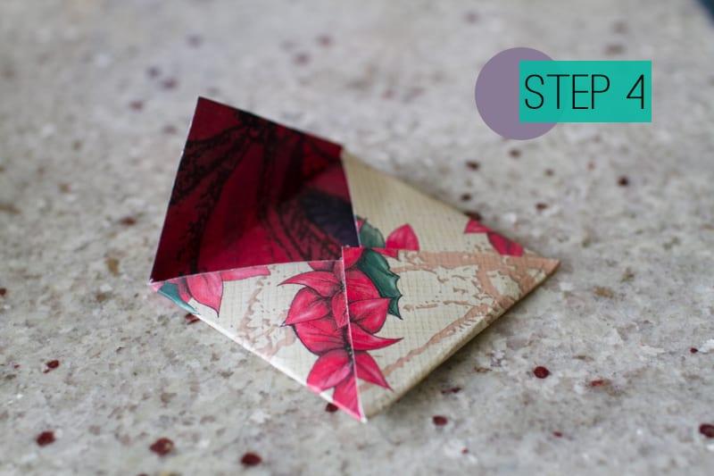 DIY How To Make A Christmas Advent Calendar with Envelopes-5