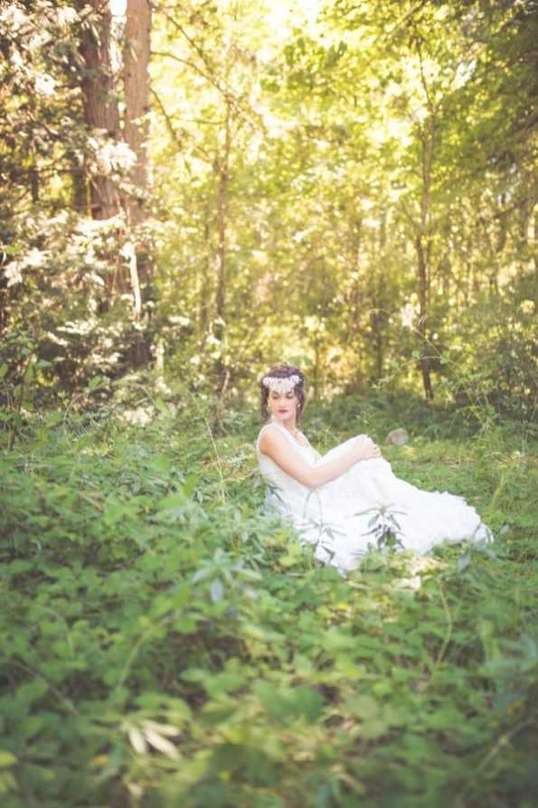 Noonan_NA_Chelsea_Dawn_Photography__Makeup_Artistry_MonicaWhimsicalBridalSessionVancouverIslandChelseaDawnPhotography29_low