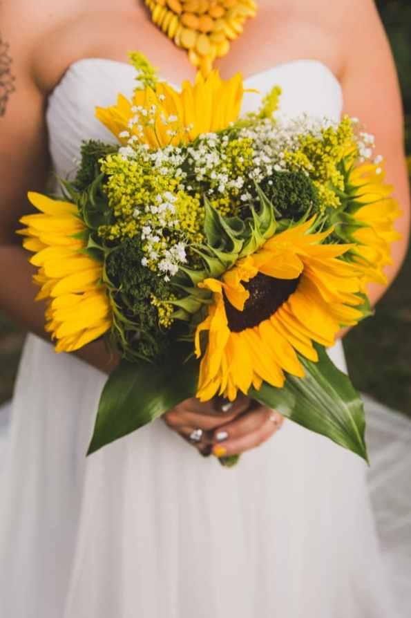 A DIY Rustic Sunflower Wedding (13)