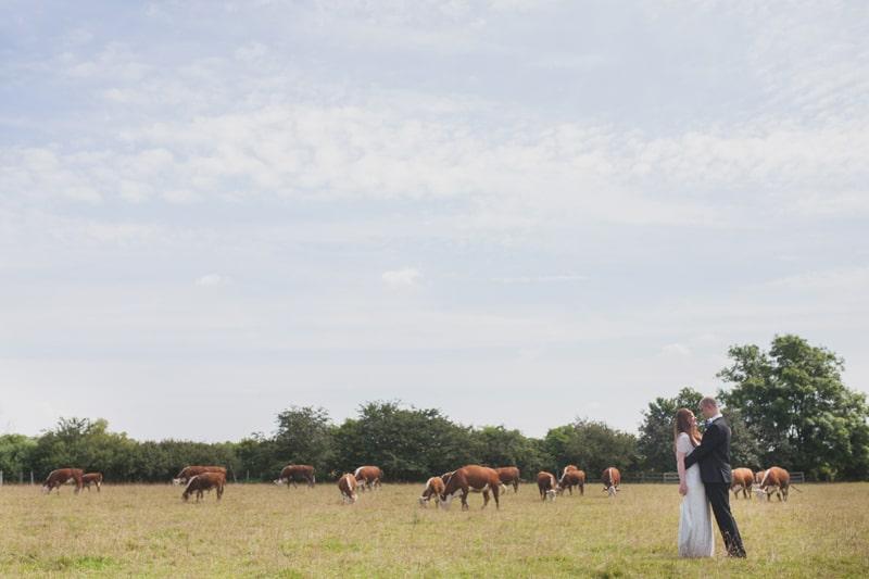 A Handmade & Laid-back Backyard Wedding in a Tipi (16)