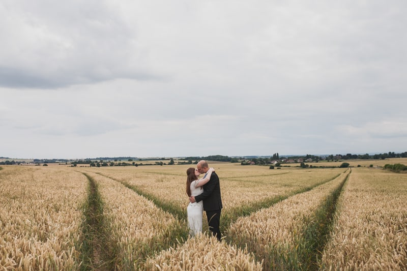 A Handmade & Laid-back Backyard Wedding in a Tipi (32)