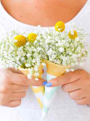 DIY-ice-cream-cone-bouquet-DIY-wedding-blog