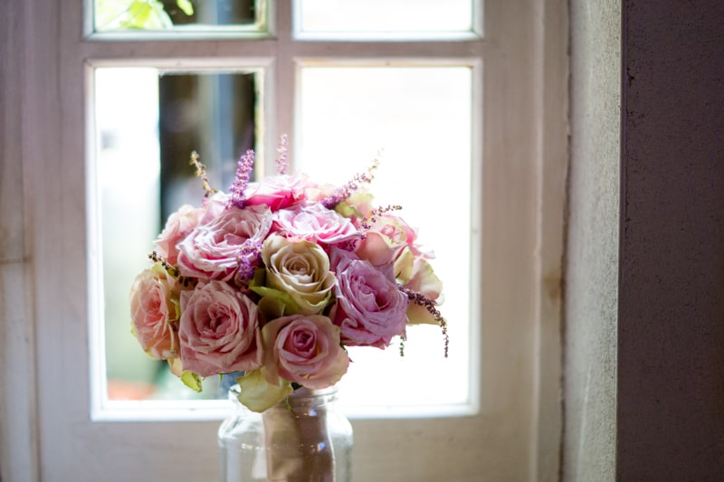 Pink, Glitter & Gold Styled shoot 47