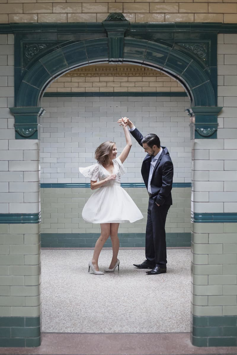 Quirky, Laid back styled wedding shoot at Victoria Baths Manchester (14)