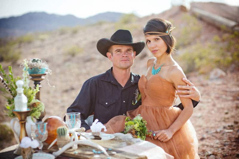 COUNTRY & WESTERN COWBOY & INDIAN ELOPEMENT (11)