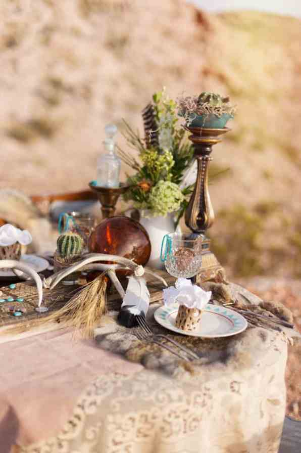 COUNTRY & WESTERN COWBOY & INDIAN ELOPEMENT (6)