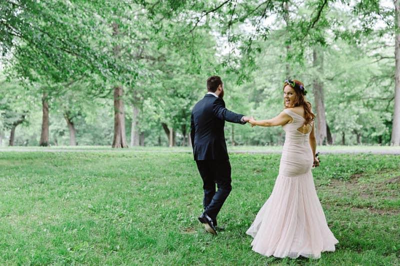 Close Knit Family & Friend DIY Wedding, Bride with Purple Petticoat (20)