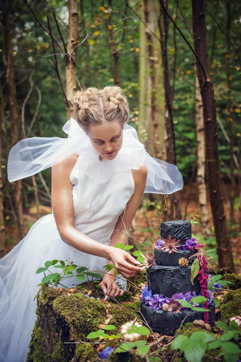 ENCHANTING FAIRYTALE FOREST WEDDING INSPIRATION (3)
