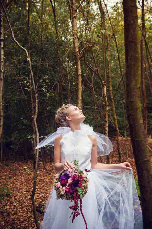 ENCHANTING FAIRYTALE FOREST WEDDING INSPIRATION (8)