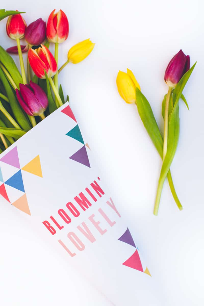 Free Printable Flower Wrapping Bloomin Lovely Wrap Geometric Tulips_-3