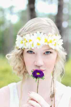 HIPPIE CHIC MUSIC NATURE LOVING FESTIVAL STYLED SHOOT (10)