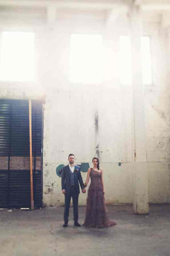 INDUSTRIAL BOHEMIAN STYLED SHOOT IN AN ABANDONED WAREHOUSE (6)