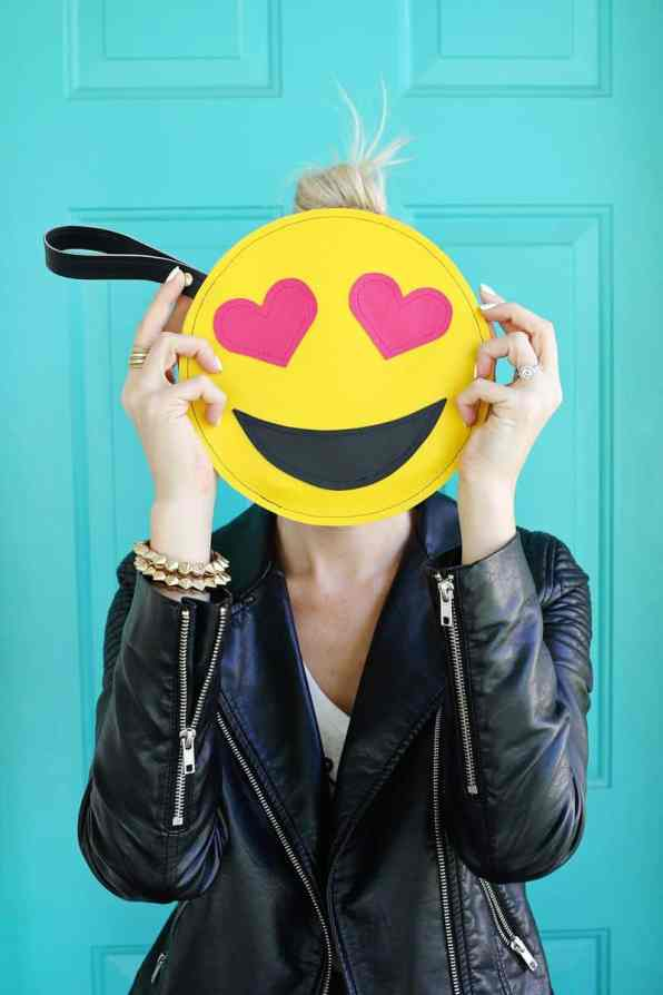 Emoji Clutch DIY 2
