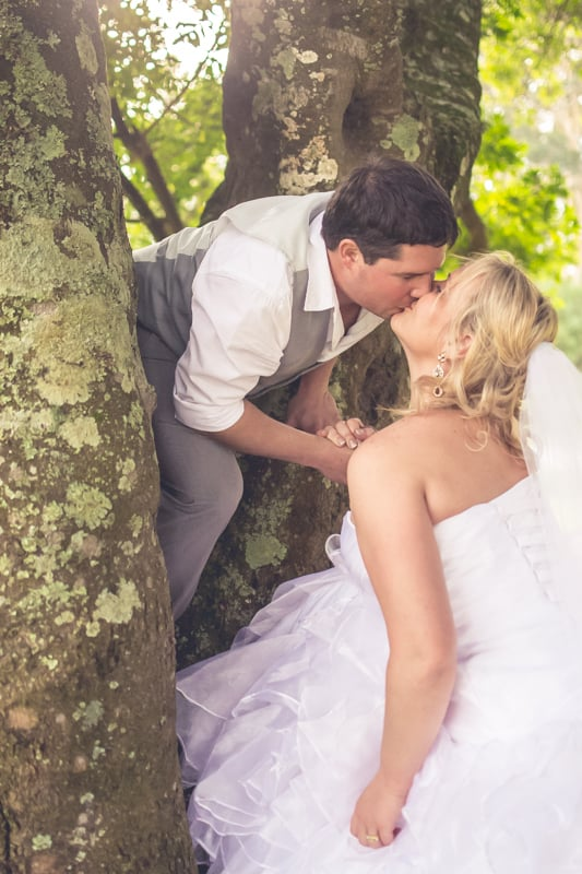 Sharlene and Zane's Bold Woodland Wedding in a treehouse (26)