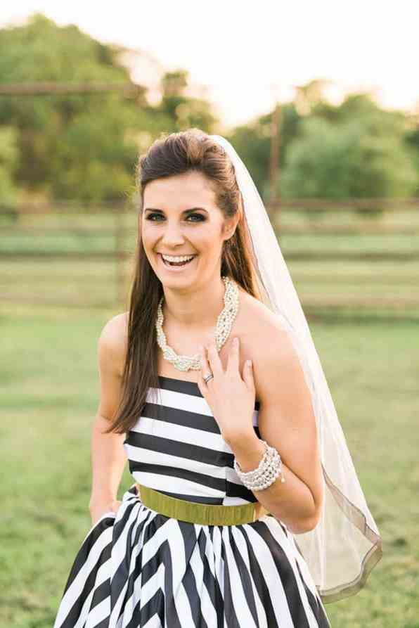 KATE SPADE INSPIRED WEDDING WITH A BLACK AND WHITE STIPE BRIDAL GOWN (22)