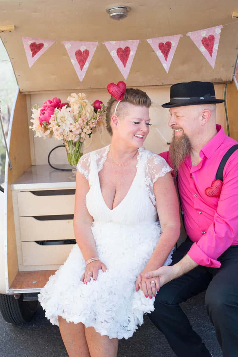 PINK TO MAKE THE BOYS WINK! AN ECLECTIC LAS VEGAS ELOPEMENT (28)