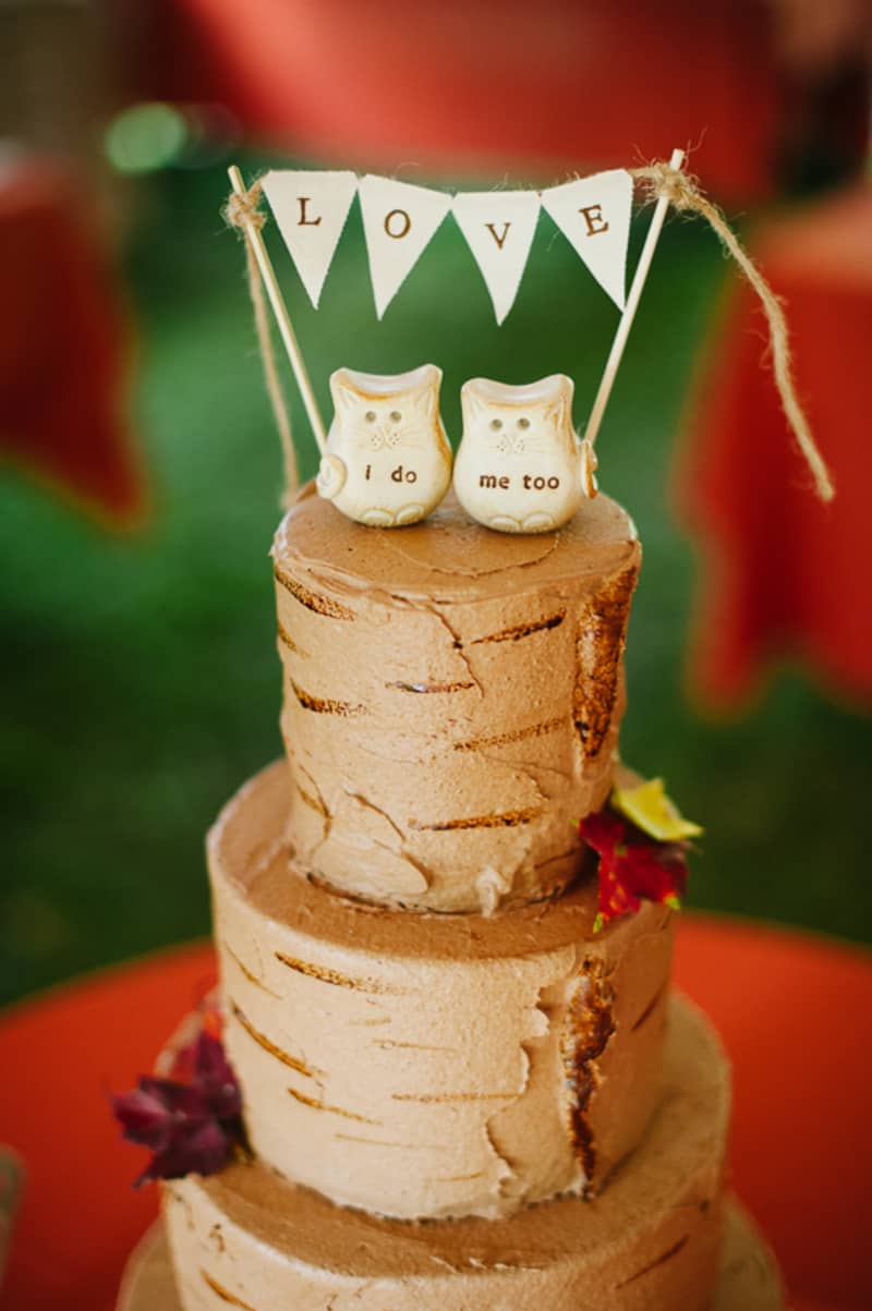 A FUN & QUIRKY FALL VEGAN WEDDING WITH A TACO TRUCK AND PUMPKIN DECORATIONS! (14)