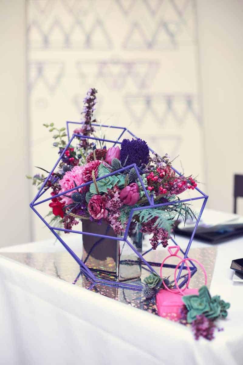 BOLD, GEOMETRIC COSMIC LOVE WEDDING EDITORIAL (12)