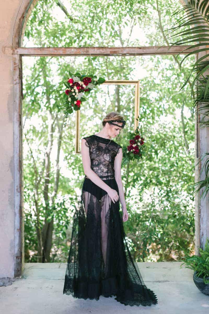 Wedding in Black for Halloween (21)