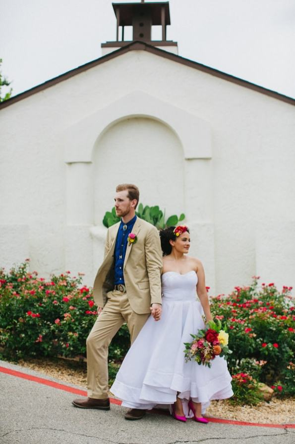Ruffled - photo by Amber Vickery https://ruffledblog.com/mid-century-mexican-wedding-at-the-belmont-dallas