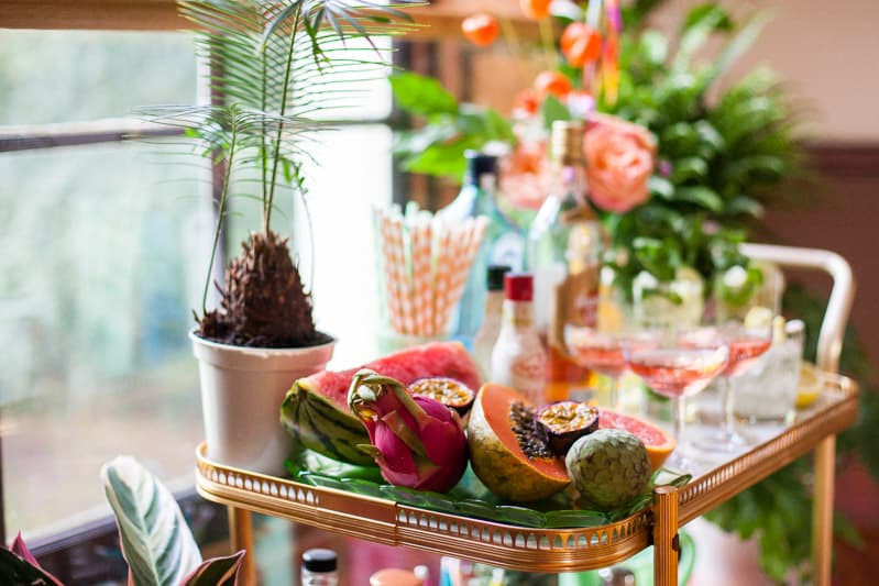 HOW TO TROPICAL BOHEMIAN BEACH HOUSE WEDDING THEME (8)