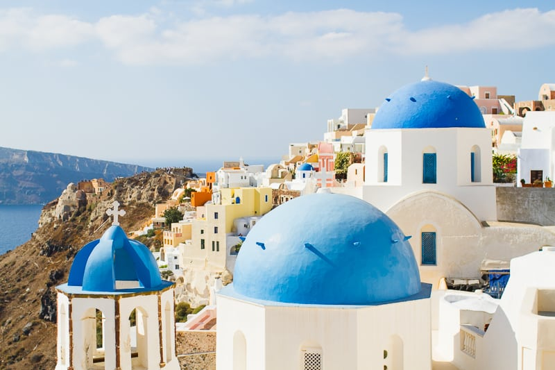 Santorini Oia Travel Guide Reccomendations Honeymoon Colourful Place Greece_-43