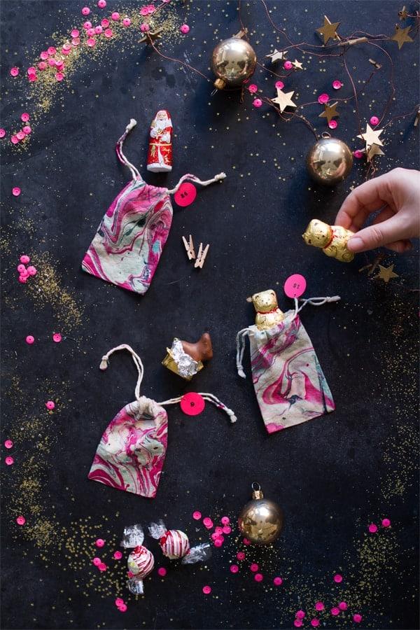 lindt_advent_detail2 Marbled favour bags