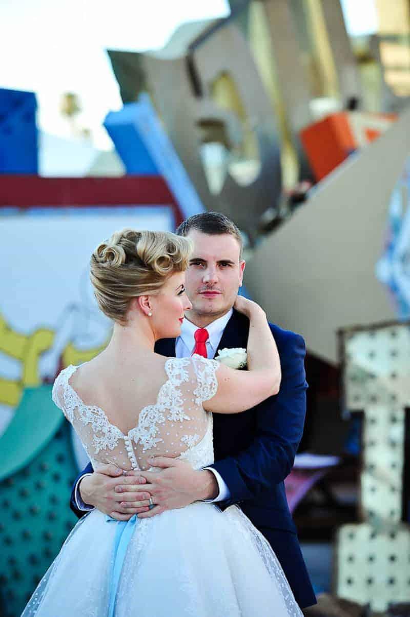 Couple celebrates milestone 30th Birthday by eloping to Vegas (10)