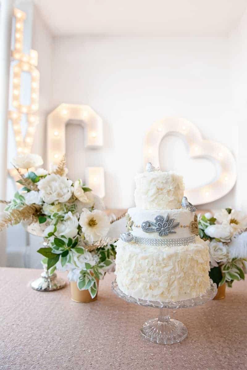 VAUDEVILLE VALENTINE Wedding inspiration Art Deco 1920s theme broadway bright lights and feathers_-13