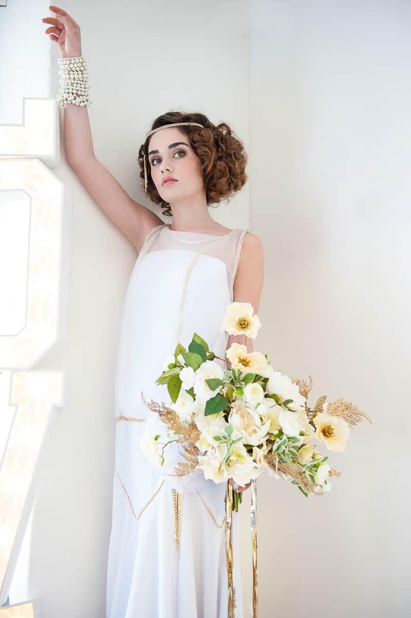 VAUDEVILLE VALENTINE Wedding inspiration Art Deco 1920s theme broadway bright lights and feathers_-26