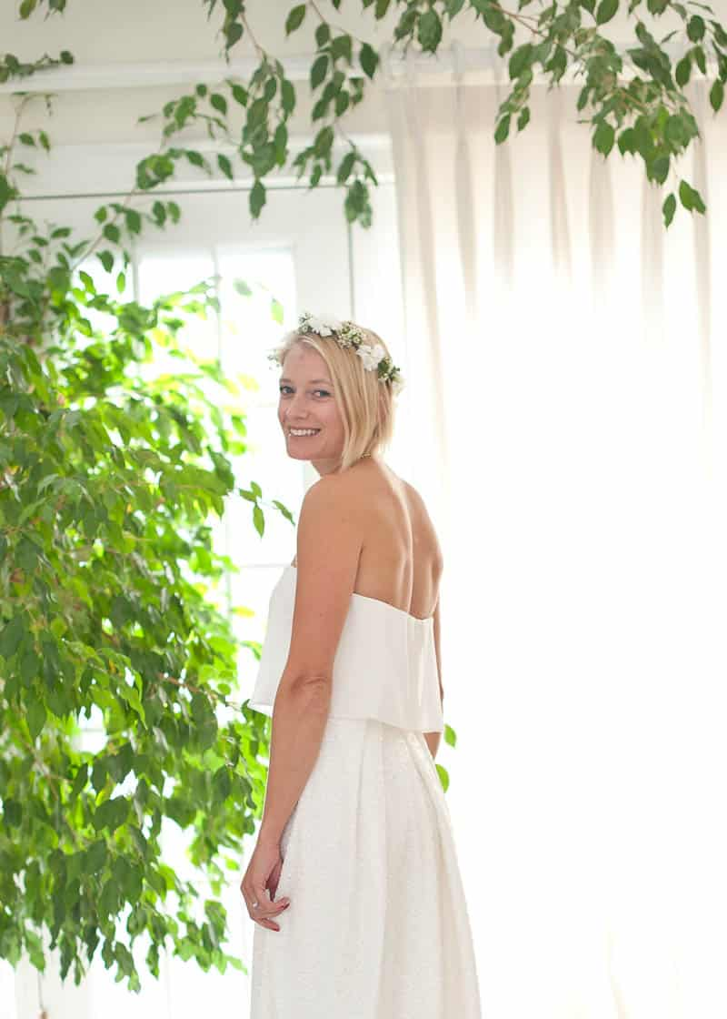 INTIMATE SWEDISH INSPIRED BEACH WEDDING AT A NON TRADITIONAL WEDDING VENUE RS (1)