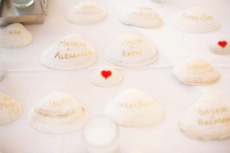 INTIMATE SWEDISH INSPIRED BEACH WEDDING IN A NON TRADTIONAL VENUE (6)