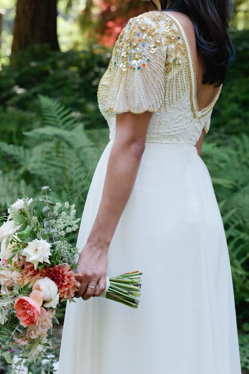 A WHIMSICAL OUTDOOR WEDDING IN PORTLAND FEATUIRNG CATS COLOURS & POLKA DOTS (27)
