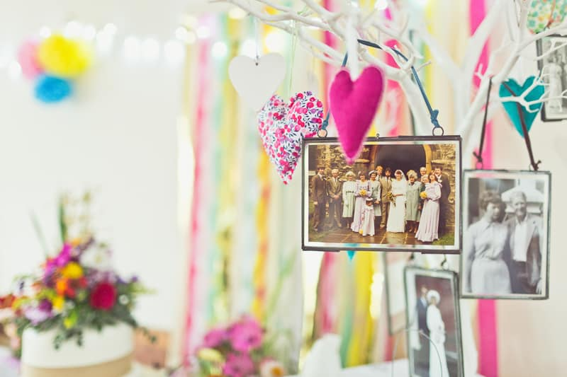 THIS CUTE DIY WEDDING IN A VILLAGE HALL IS EVERY CRAFTER'S DREAM! (12)