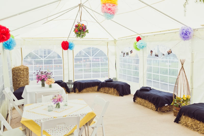 THIS CUTE DIY WEDDING IN A VILLAGE HALL IS EVERY CRAFTER'S DREAM! (22)
