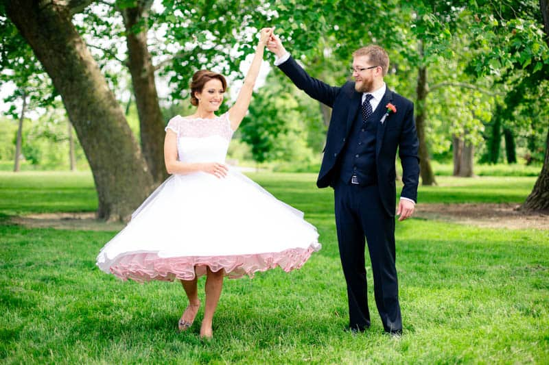 A CASUAL LAID BACK WEDDING WITH THE BRIDE IN A CANDY ANTHONY DRESS (10)